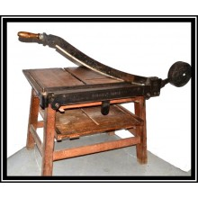 Guillotine and shears